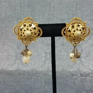 Vintage Ornate Filigree Dome Clip On Earrings